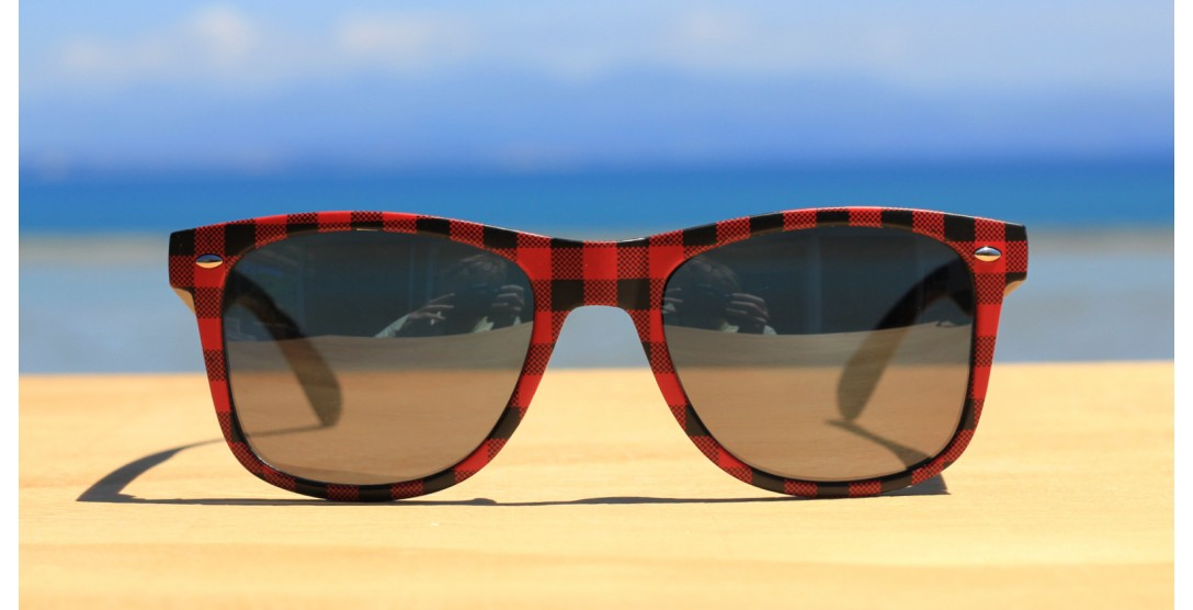Classic Style Sunglasses, Plaid