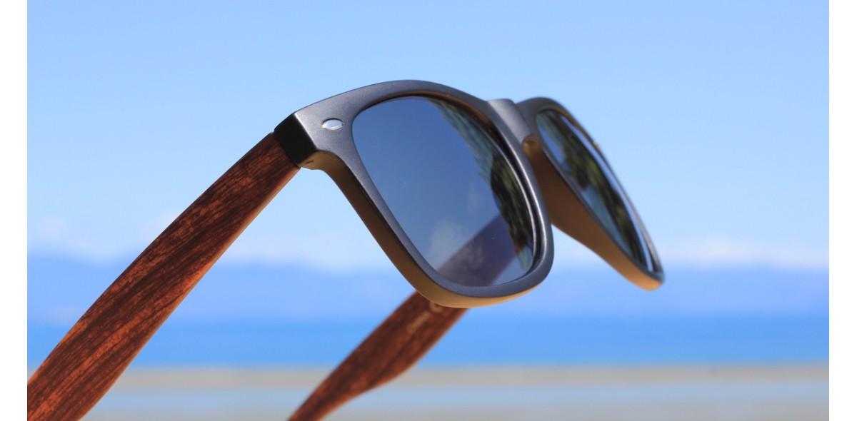 90s Sunglasses, Lumber