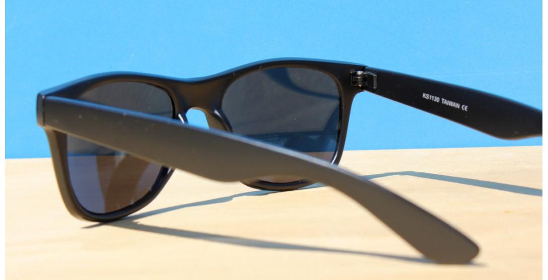 Classic Style Sunglasses, LA REVO Green